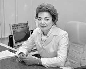Главный врач больницы, заслуженный врач РФ И.П. Круглякова.