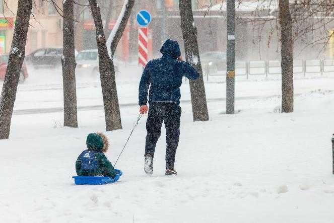 Из-за сильных холодов в школах Челябинска могут отменить занятия