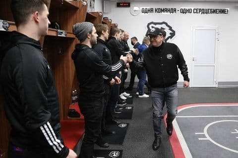 Алексей Текслер пожелал хоккеистам «Трактора» удачи в плей-офф